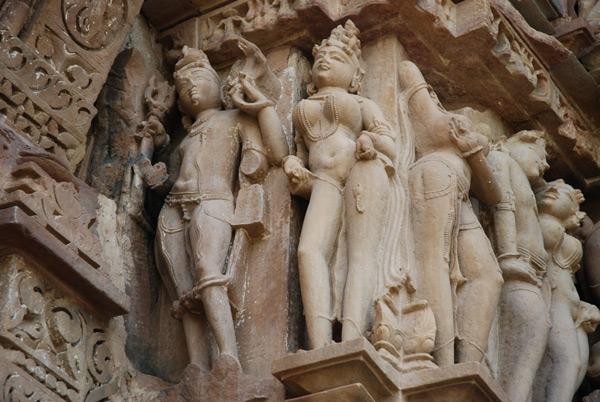 индийские божества со знаком на руке
